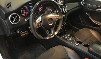 MERCEDES CLA 45 AMG 4Matic 360 CV 2015 completo