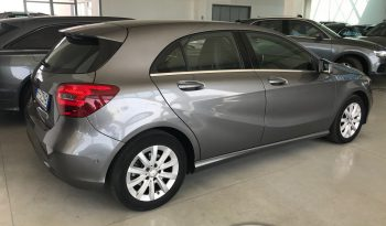 MERCEDES A 180 d Automatic Business 109 CV 10/2016 completo