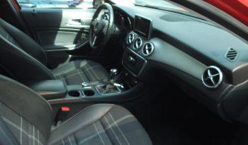 Mercedes GLA 200 D Sport Az. Imm 2015 completo